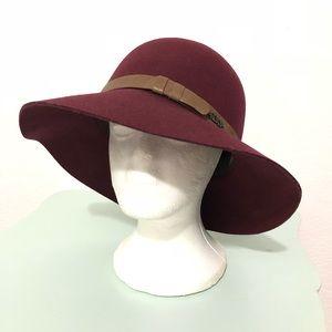 NWOT Roxy 100% Wool Felt Floppy Fedora Hat